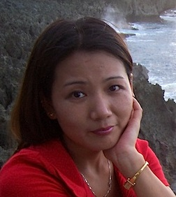 photo of Chun Yu Wang, author of Chicken Feathers and Garlic Skin